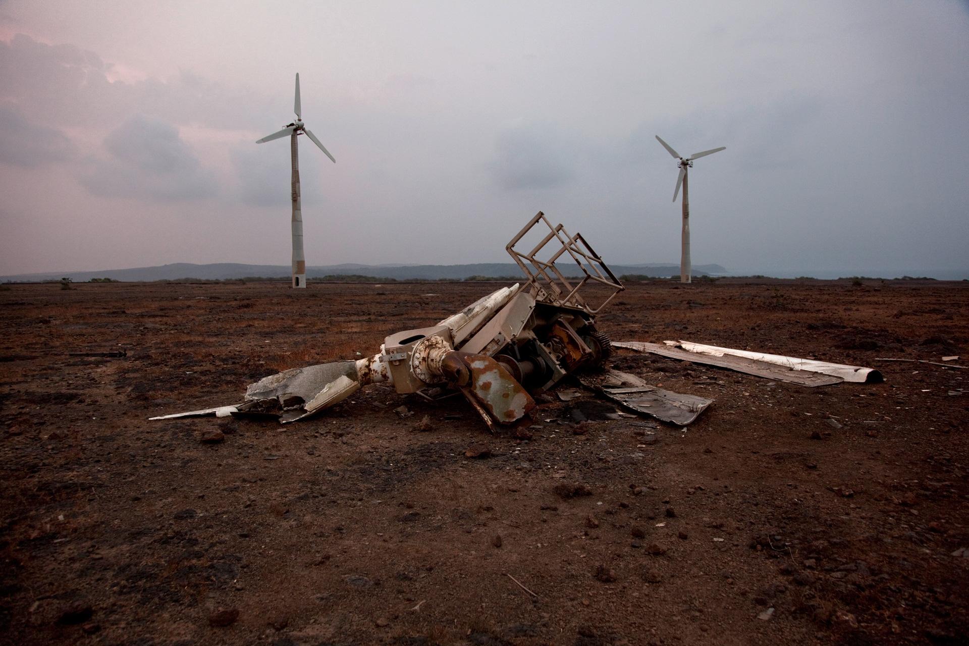 Parc éolien abandonné de Devgad